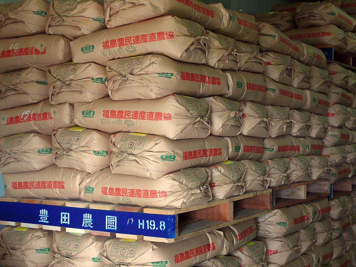 定温倉庫で保管されているお米